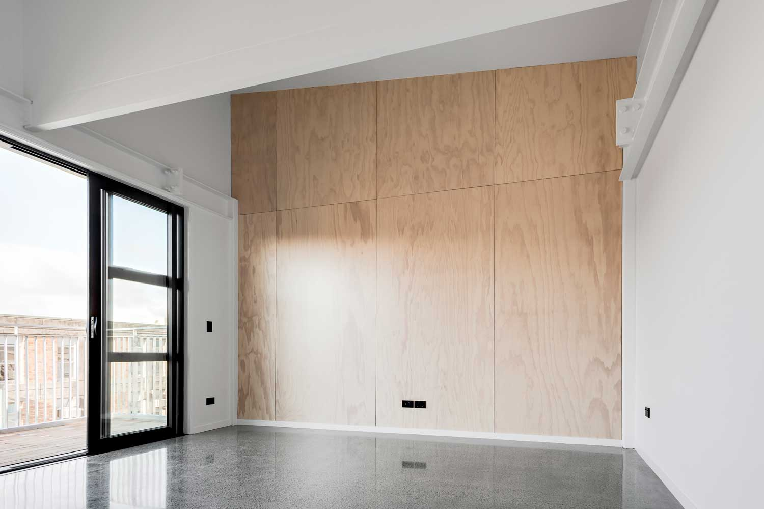 PlyPlay™ Is A Pre Finished Plywood Panel That Retains The Look And Beauty  Of Natural Wood.